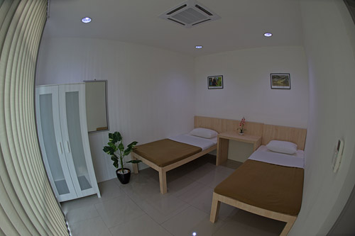 Private Air-Condition Room with En-suite bathroom